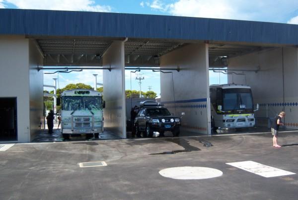 Hopetoun- Wash Bays with Buses and Caravan